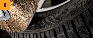 Reifenrunderneuerung mit Industrie Rundbürsten von Kullen-Koti